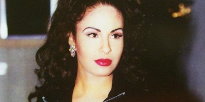 Harán serie en inglés de Selena Quintanilla