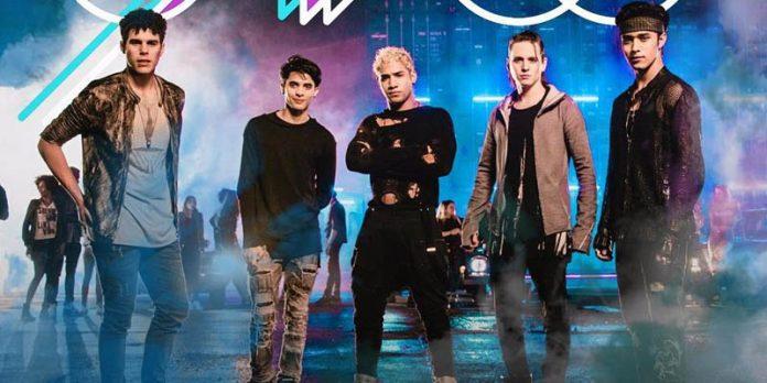 CNCO incluye más pop urbano en nuevo disco